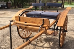 Selling: MEADOWBROOK HORSE CART