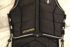 Selling: Tipperary Equestrian Body Protector