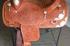 "Selling: Custom McLelland Show Saddle 15"""
