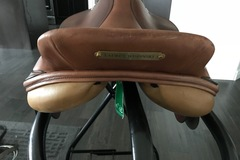Selling: Crosby Excel XL Saddle 17""