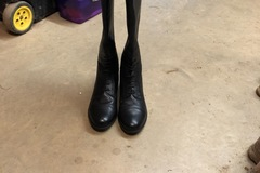 Selling: Ariat field tall boots size 10B tall