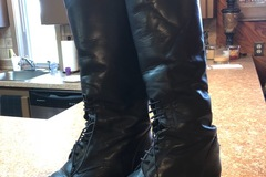 Selling: Ariat Ladies 8.5 tall boots
