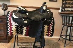 Selling: 2004 Phil Harris Show Saddle 16""