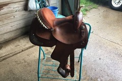 Selling: Dakota Barrel Saddle 14.5""