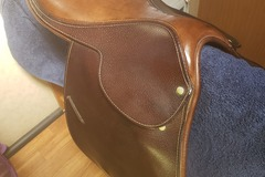 Selling: County Saddle 16.5""