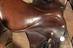 "Selling: All Purpose English Saddle 16.5"""