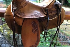 Selling: Hope Style Saddle by JJ Maxwell 16""