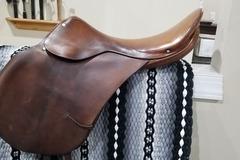 Selling: English Saddle