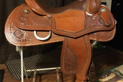 Selling: Custom Teskey's Reining Saddle 16.5""