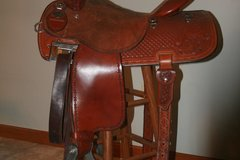Selling: Martin Barrel Saddle 15""