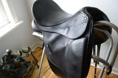 "Selling: Bates Isabella '02 Black Pebble Leather Dressage Saddle 17"""