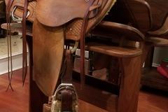 Selling: LJ's Western Saddle