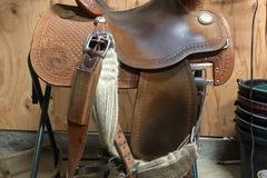 "Selling: Martin Crown C Barrel Saddle 14"""