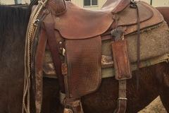 """Selling: Stockman Supply Saddlery Saddle 15.5"""""""