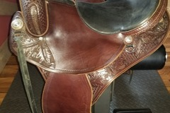 Selling: TW Saddlery Specialized Western Saddle 15""