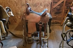 Selling: Custom Made Corrient Barrel Saddle 15""
