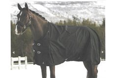Selling: Heavy Weight Turnout Blanket - Horze Tornado 1680 Denier
