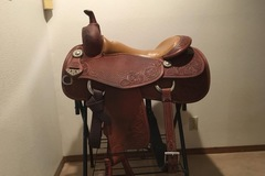 Selling: Bobs Custom Cowhorse Saddle 17""