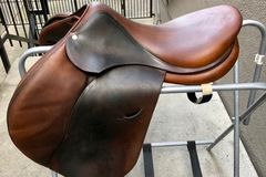 Selling: Devoucoux Oldara Saddle, Long Flap, Excellent Cond. 17.5""