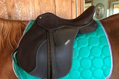 Selling: New Wintec 2000 Dark Brown English Saddle  16.5 ""