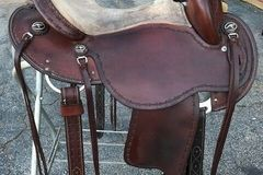 Selling: Clinton Anderson Saddle by Martin 15""