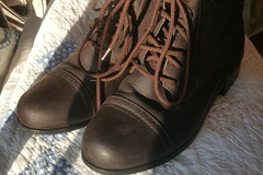 Selling: Ariat Youth Paddock Boots Size US 3