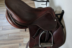 Selling: Antares Sellier Contact Saddle, Stirrups, Leathers 17""