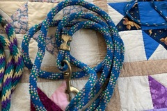 Selling: Two lead Ropes