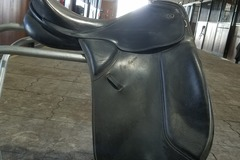 Selling: Kieffer Wien Saddle 17""