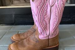 Selling: Pink Womens Justin Boots Size 8