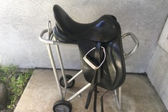 Selling: JRD Fully Custom Dressage Saddle 17""