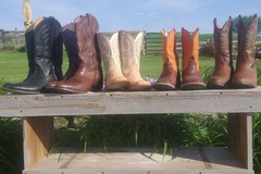 Selling: Cowboy Boots