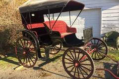 Selling: Convertible Top Surrey Carriage