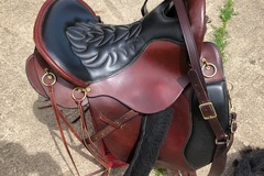 "Selling: Tucker 149 Equitation Endurance Saddle15.5"" Medium Tree"