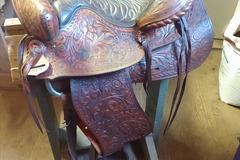 "Selling: Big Horn Saddle 15"""