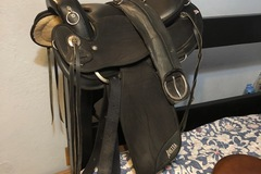 Selling: Abetta Arabian Comfort Trail Saddle 16""