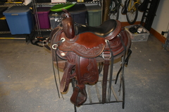Selling: Julie Goodnight WindRiver Saddle 16""