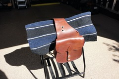 Selling: Leather Western Trail Saddle Bag.