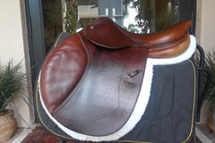 "Selling: CWD Saddle 17"" full calfskin"