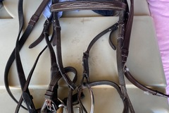 Selling: English bridle