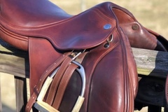 Selling: Jaguar Harry Dabbs Jumping Saddle 16""