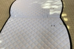 Selling: White and black saddle pad