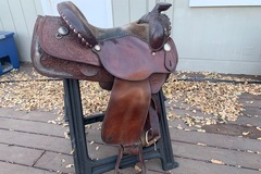 Selling: Circle Y Western Saddle 15""