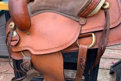 Selling: EUC Roper American Saddle 16""