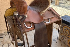 "Selling: Barrel Saddle 14"" Ready to Turn and Burn!"