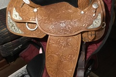 Selling: Circle Y Silver Show Saddle  16""