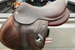Selling: 2018 CWD 2GS Saddle 17.5""