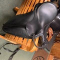 "Selling: Toulouse Dressage Saddle 17.5"" M"
