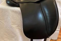 "Selling: Custom Dresch dressage saddle 18"" seat, wide tree (like new)"